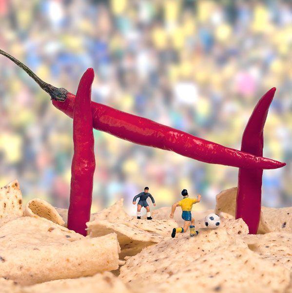 Angurie e cioccolato, cavoli e meringhe, formaggio e peperoncini...gli ingredienti delle creazioni artistiche di