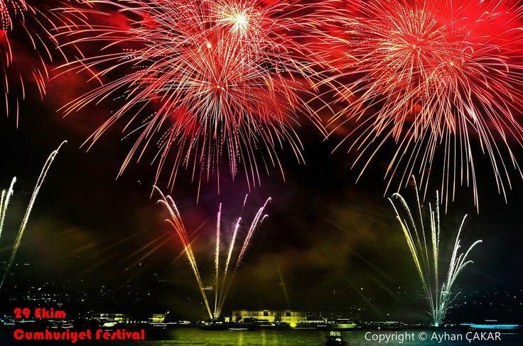 29th October Republic Festival Istanbul Firework Show. 29 Ekim Cumhuriyet Festivali Kutlamaları Havai Fişek Gösterisi 2013..