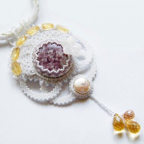 Lawendowe muśnięcie, ślubny naszyjnik z lepidolitem i cytrynami, haft koralikowy, beading - Biżuteria ślubna - Biżuteria srebrna