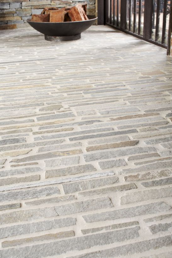 Eco Outdoor Endicott Filetti Split Stone Close Up Paving