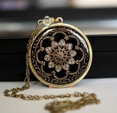 Locket, Black Locket, Vintage Locket. Brass Locket, Wedding Necklace, Bridesmaid Necklace, Resin Locket, Enameled Locket