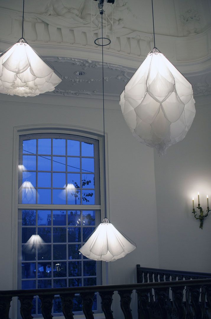 SPATIAL INSTALLATION. A Choreography of Lights by Studio Drift in Amsterdam's Rijksmuseum