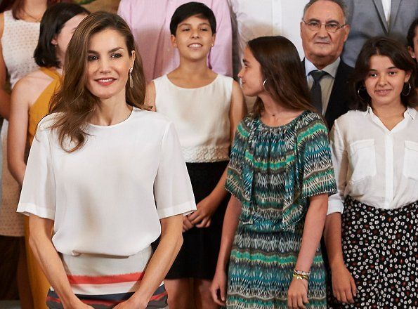 King Felipe and Queen Letizia met with the UFV students