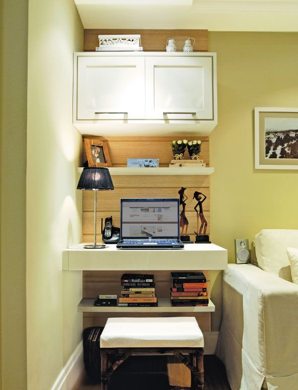 Home office na sala de estar do Portal Decoração - Sala e home office