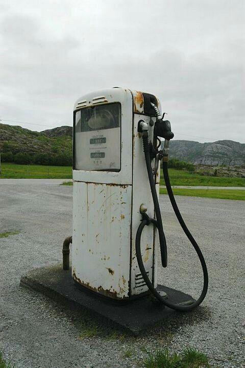 gilbarco gas pump. sumstad i roan, mai 2004: nok en gilbarco-pumpe av samme modell som · gas pumps gilbarco pump
