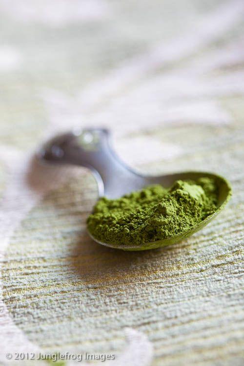 Matcha Tea Benefits (Green Tea Benefits) -Livestrong.com