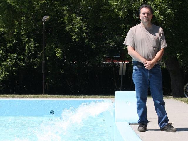 Lifeguards back to work after near drowning | Ottawa & Region | News | Ottawa Sun