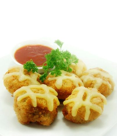 CRISPY FRIED MUSHROOM, topped with melted mozzarella & served with BBQ sauce