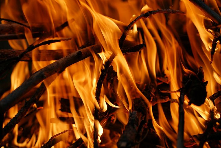 Fire. This is my friend Eero Karvinen successful shots. #photographs #photo #fire #nature #heat