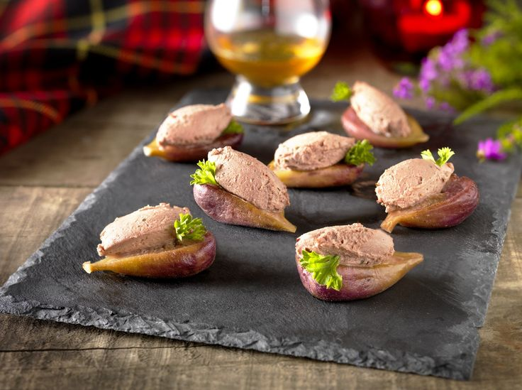 Enjoy this decadent delicacy of Honey Roasted Fig Canapés with our succulent Chicken Liver Pate with Scottish Heather Honey; perfect for parties and  get togethers
