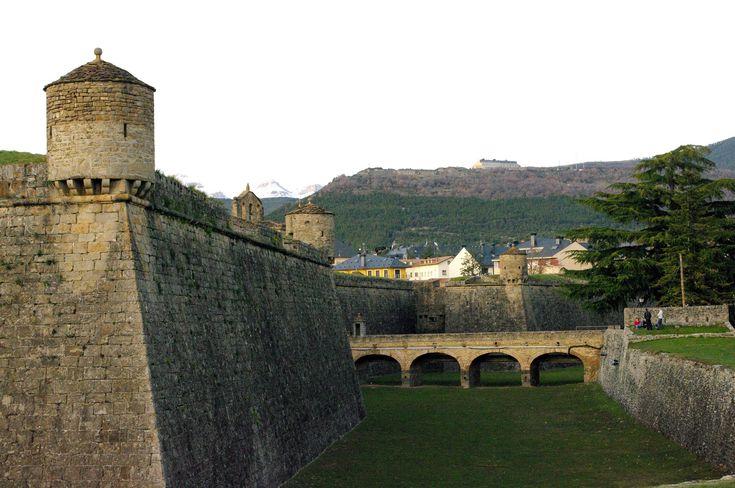 Fotos de: Huesca - Jaca - Pueblo con encanto