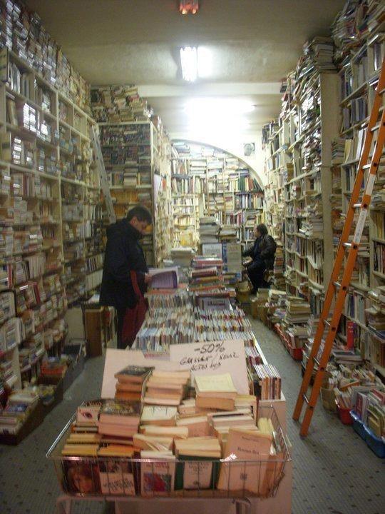 Bookshop in rue St Catherine, Bordeaux, France