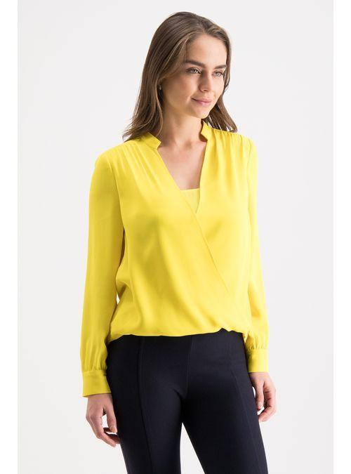 2d5f24124 Compra Blusa Amarilla Envolvente - Julio Tienda Online