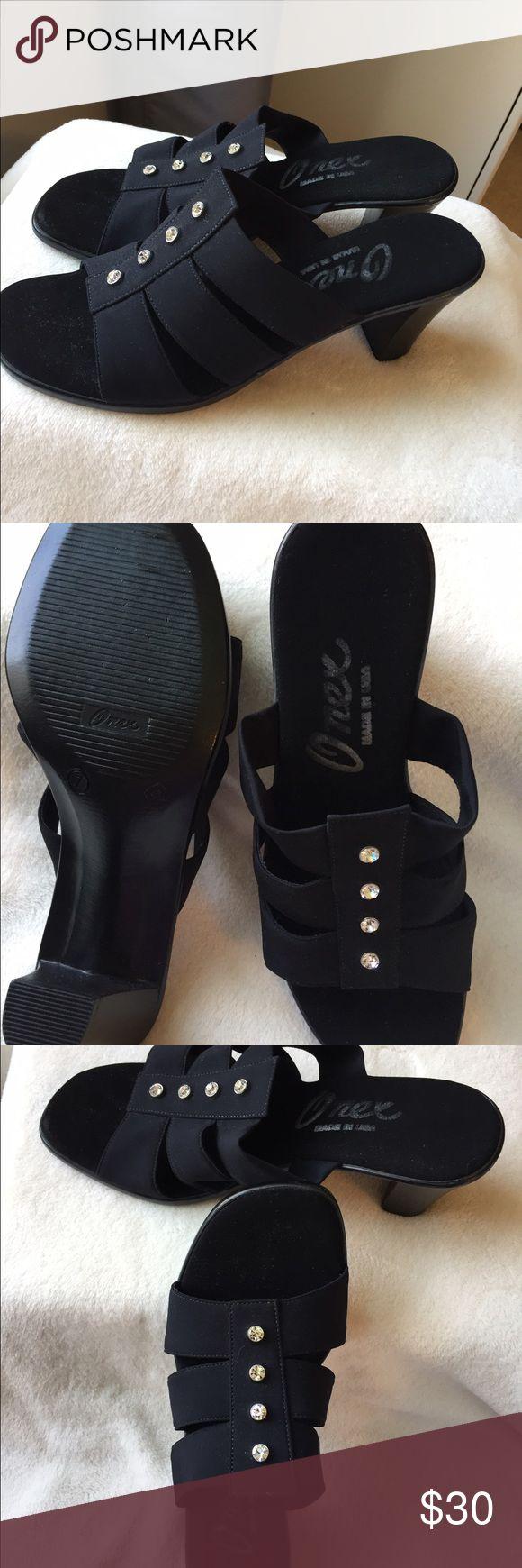 Never worn Black Heels Never worn Onex black heels size 7 Onex Shoes Heels