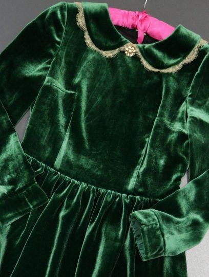 green velvet dress, green velvet, бархатное платье, бархатное платье купить, бархатное платье фото, бархатные платья 2018,бархатное платье с кружевом, бархатное платье 2018, зеленое бархатное платье магазин бархатных платьев, бархатные платья интернет магазин, бархатные платья москва, купить бархатное платье  в интернет, бархатное платье купить  в магазине, бархатные платья купить в интернет магазине, бархатное платье купить в москве, с чем носить бархатное платье, цвет бархатного платья