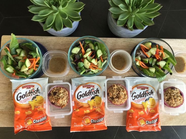 Today we've got a tossed salad  with Greek feta dressing instead of fruit, my banana oatmeal muffins and a pack of @pepperidgefarm Goldfish.