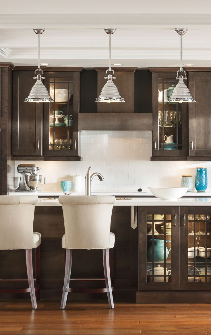 A Fresh Take On Traditional Kitchen Design Clean Lines Rich Wood
