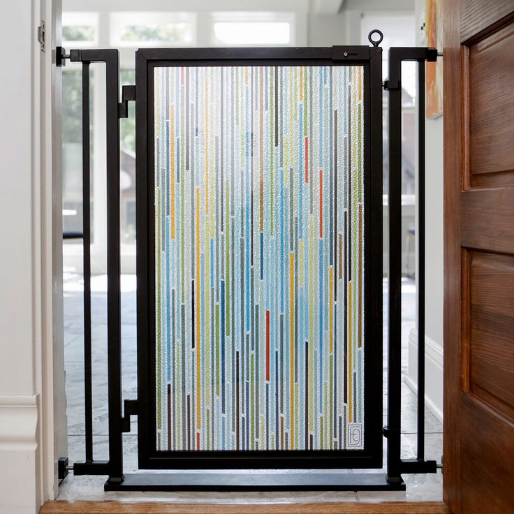 Fusion Gate with Modern Lines Art Screen