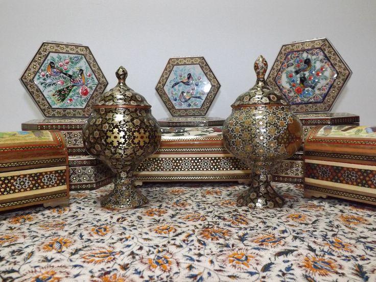 https://flic.kr/s/aHskkqeDcx | Jewelry box (Khatam pattern)