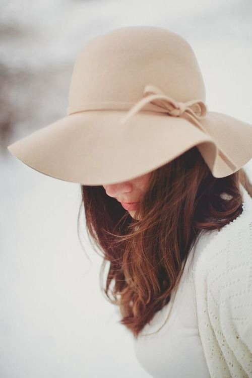 Floppy hat.  I want one. Can't decide whether I want this colour or a black one though. hmm