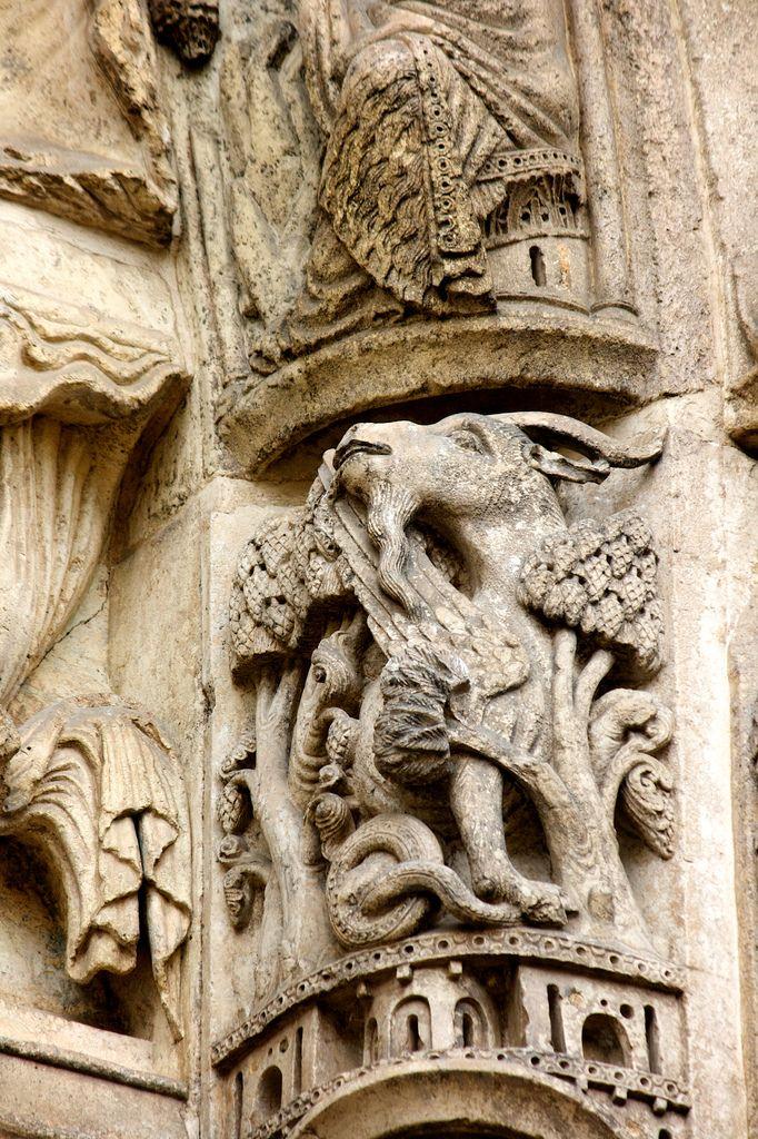 1000 images about gothic treasures on pinterest de - Saint maclou chartres ...