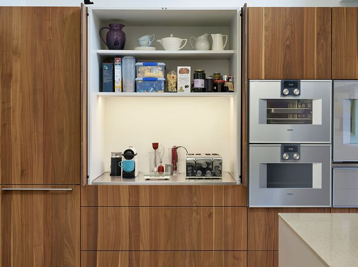 Bulthaup Kitchen Island Part - 37: The Bulthaup Pocket Door Is Located Such That It Is Not U0027trappedu0027 Behind  The Island, Allowing Users Of This Area To Work Without Interrupting Those  ...