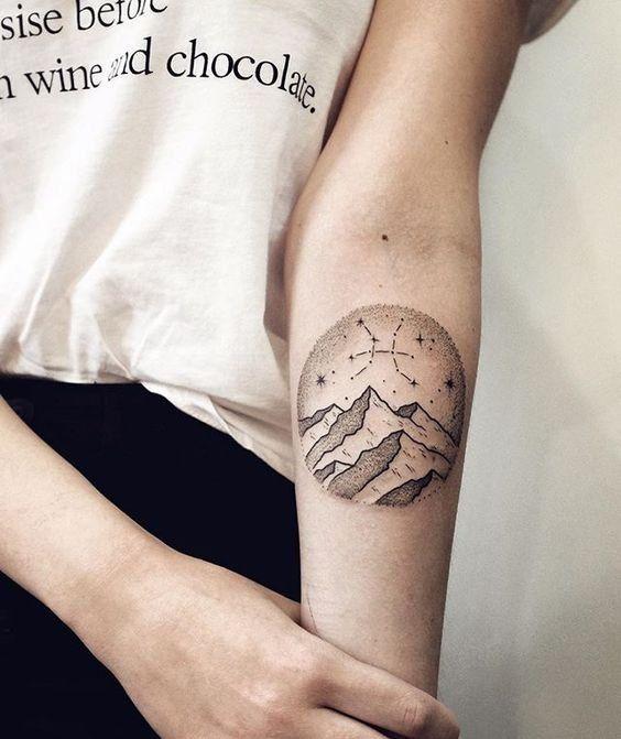 Inspirations: 30 idées de tatouages signes du zodiaque - Poissons© Pinterest Instagram
