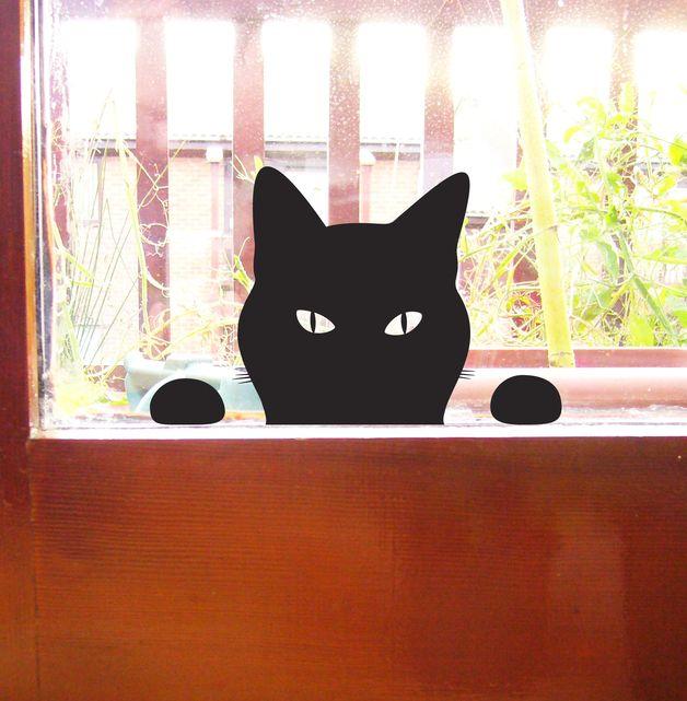 EUR 17 Schwarz Katze Fensterbild, linst herein Wandtattoo  Bezauberndes Wand- oder Fensterabziehbild (Aufkleber) einer schwarzen Katze, die an Ihrer Tür oder Ihrem Fenster kratzt um herein gelassen zu...