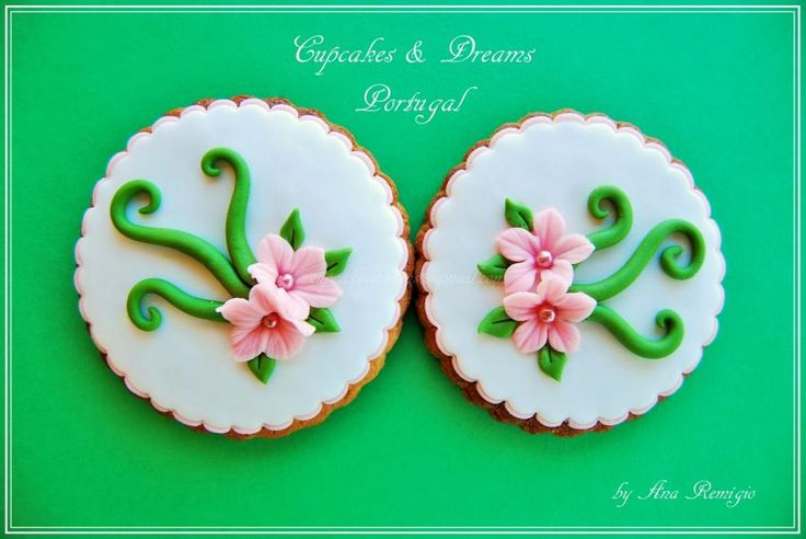JULIA COOKIES - Cake by Ana Remígio - CUPCAKES & DREAMS Portugal