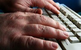 Ρώσος χάκερ προσπαθεί να πουλήσει πρόσβαση στον server του BBC  - Ένας Ρώσος χάκερ έχει καταφέρει να αποκτήσει πρόσβαση στο διακομιστή του BBC και στη συνέχεια προσπάθησε να την πουλήσει σε άλλους εγκληματίες του κυβερνοχώρου σε «υπόγεια» ρωσικά φόρουμ. Σε μια αποκλει