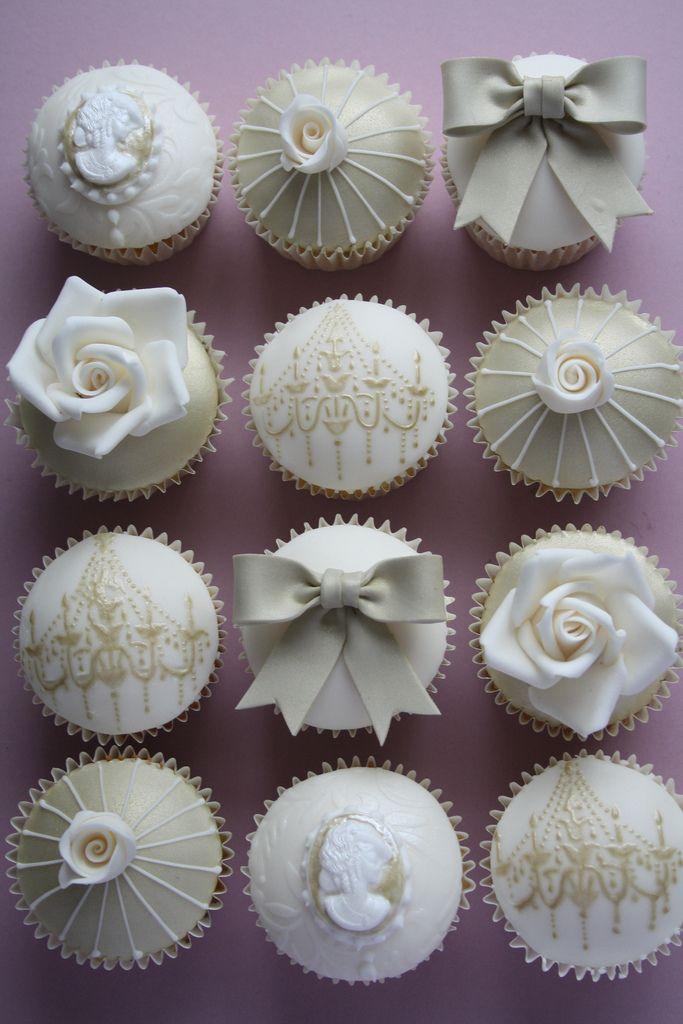 Opulent Gold & Ivory Cupcakes | 50 delivered to Wroxall Abbe… | Flickr