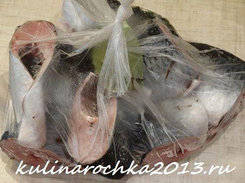 Свежемороженная сельдь приготовленная в пакете