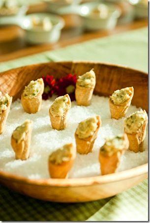 Essa receita de canudinho salgado, é uma opção bem prática de finger food. Os canudihos salgados podem ser recheados com os mais diversos tipos de recheio: carnes, peixes e até mesmo vegetariano. Aqui a criatividade e os ingredientes à mão… Leia mais →