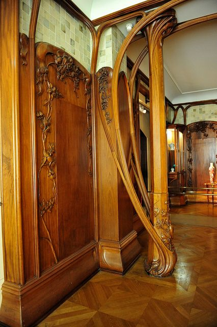 Art Nouveau Furniture Exhibit at Mus D'Orsay