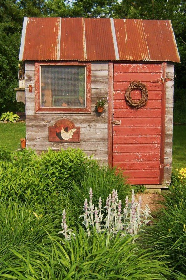 http://www.inspiredhomeideas.com/19-small-quaint-outdoor-gardening-sheds/                                                                                                                                                      More
