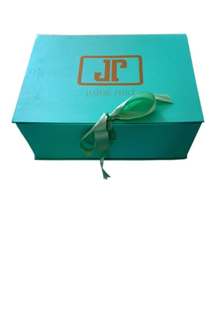 Our boxes. Like opening Heaven. Lasting and chic.