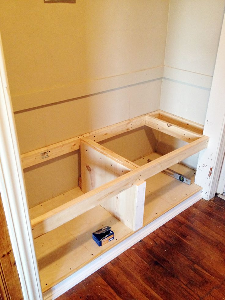 DIY closet bench. Need to do this at the front entrance!