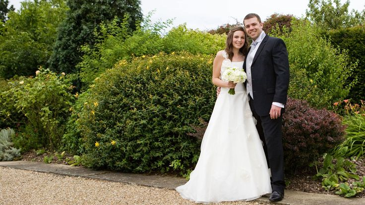 Cadbury Purple was the colour of choice for Laura & Ben's Christmas wedding. Find out more.