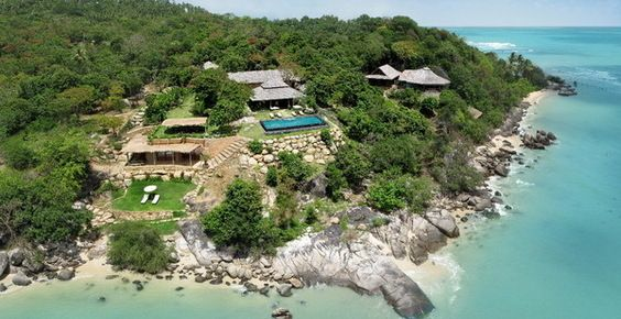 Reconnect with nature in this luxurious villa in Koh samui.