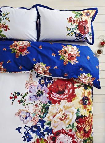 Columbia Floral Bedding Set