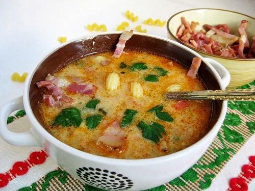 Supa de legume cu bacon afumat