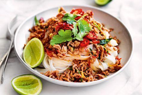 Unser beliebtes Rezept für Reisnudeln mit Asia-Hackfleisch und mehr als 55.000 weitere kostenlose Rezepte auf LECKER.de.