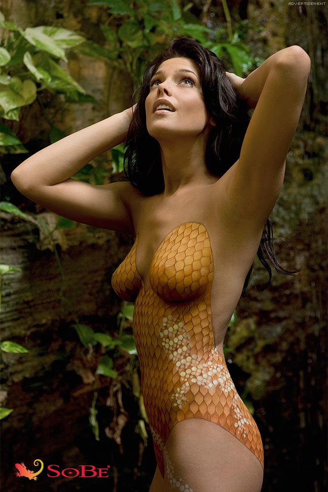 """ASHLEY / SPORT'S ILLUSTRATED SWIMSUIT EDITION 2010 / BODY PAINTED BATHING SUIT / AD FOR """"SOBE"""""""