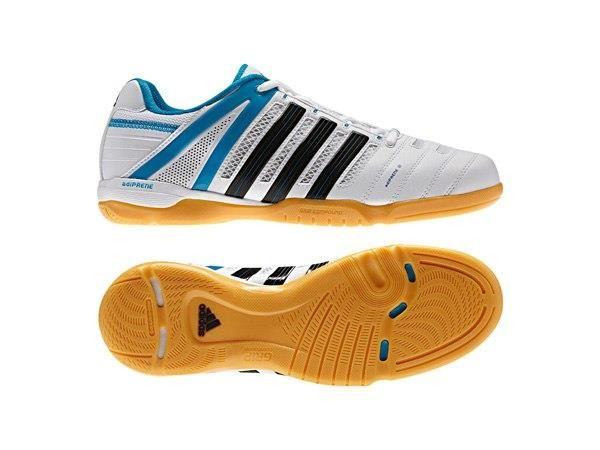 Открытая обувь для спортзала