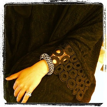 Roselle #Abaya, love the ring... so cute