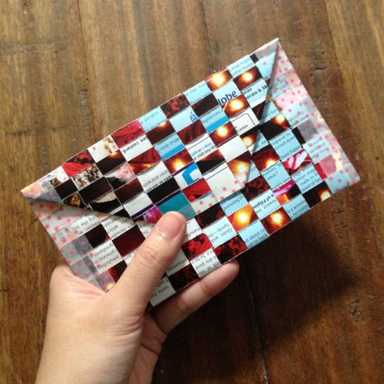 How to make a woven envelope from old magazines via @Guidecentral - Visit www.guidecentr.al for more #DIY #tutorials