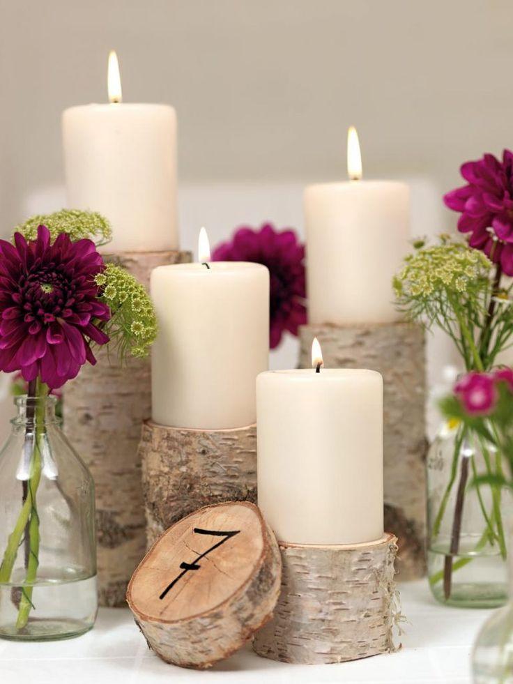DIY: Tischdekoration für eine entspannte Landhochzeit mit Wiesenblumen und Birkenholz. Gepaart mit einer Lichterkette ein absolutes Highlight.