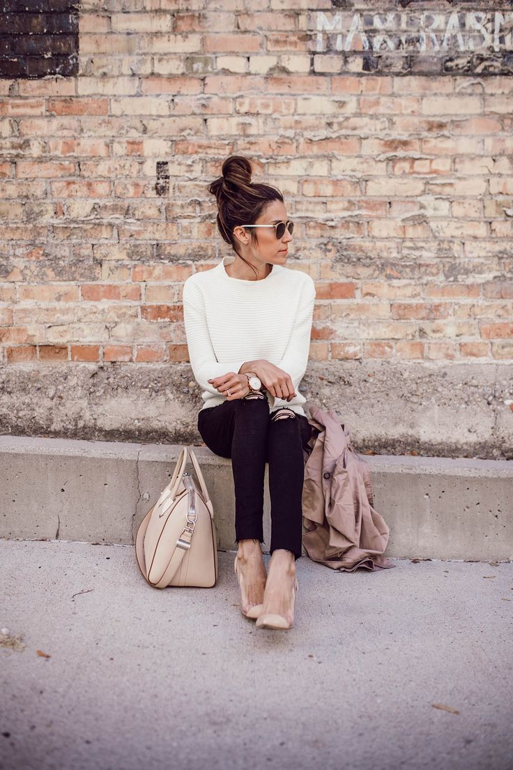 Cream sweater, Black distressed denim & Nude Everything