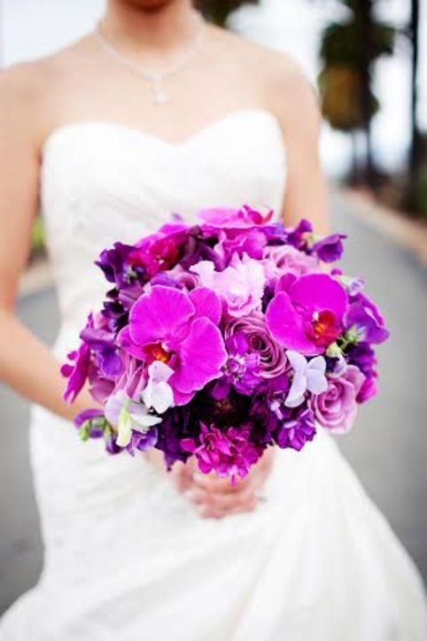 11 Pretty Ways to Make Pantone's 2014 Color of the Year, Radiant Orchid, Work for Your Wedding