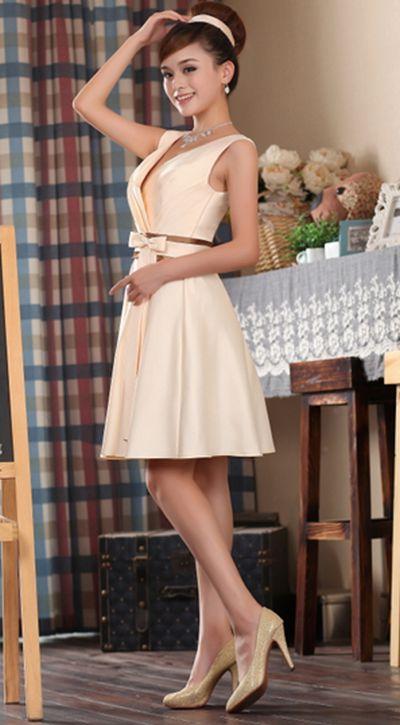 Fynda Cocktailklänningar Champagne Gul Klänning | Fynda Cocktailklänningar - Unika, Häftiga Ovanliga Låga Priser!!